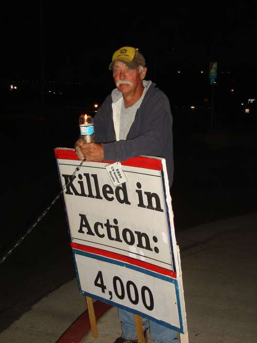 Killed in Action: 4000 - Vigil in San Diego, March 24 2008