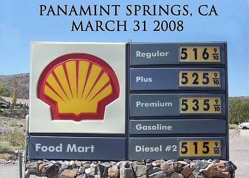Gas Prices in California Desert, March 31 2008, photo by Clara's Bell