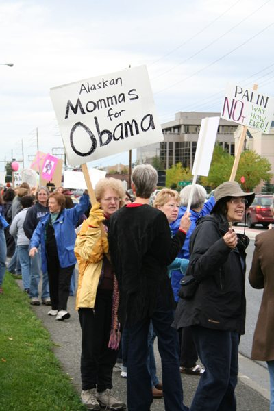 Alaska mommas for Obama hit the streets in Anchorage