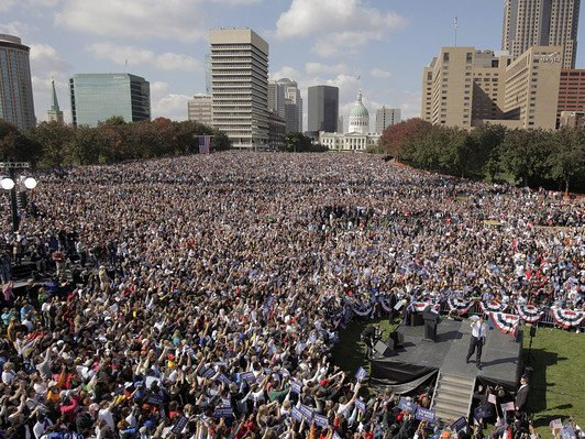 100,000 turn out for St.Louis,MO. rally for Barack Obama