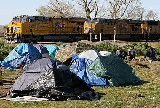 http://obrag.org/wp-content/uploads/2009/04/tentcitysactonew.jpg