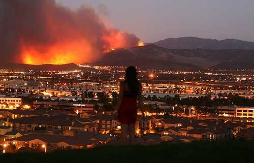 an overview and the history of the wildfires in the city of los angeles A wildfire consumes a home tuesday, dec 5, 2017, in ventura, calif raked by ferocious santa ana winds, explosive wildfires northwest of los angeles and in the city's foothills burned a .