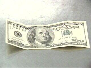 counterfeit 100 dollar bill