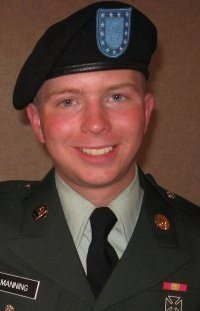 Brad-Manning-in-uniform