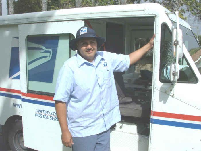 mailman Gaston judi-sm
