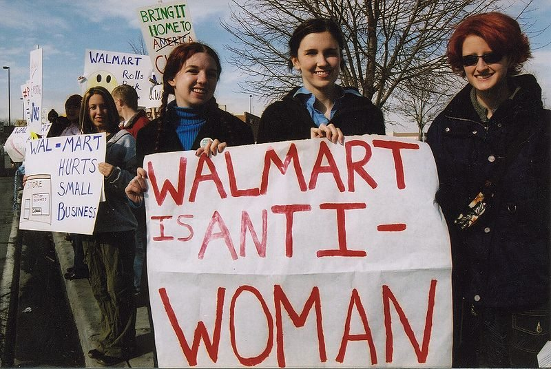 The women accusing Walmart of sex discrimination