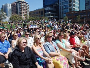 Post image for Hundreds Turn Out for Mike Hardin Memorial in Petco Park
