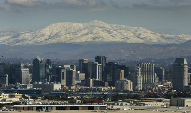 Snow in SD city? (Lindberg field) (San Diego, El Cajon ...