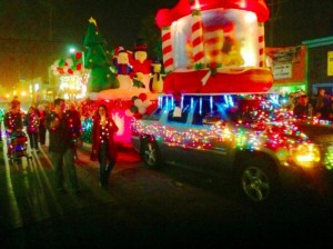 Post image for OB Town Council Needs 100 Volunteers for Holiday Parade